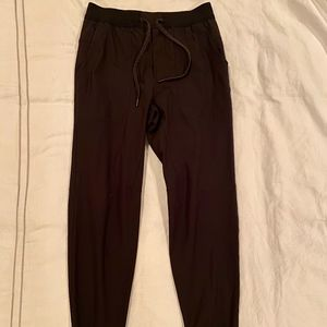 "Lululemon ABC Joggers 31"" Medium Mens Black"
